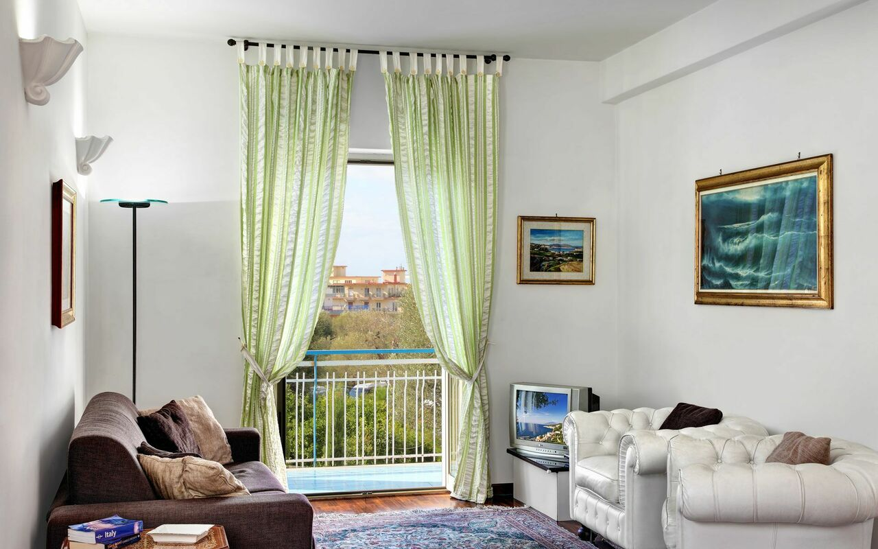 Sound Of The Sun Apartment