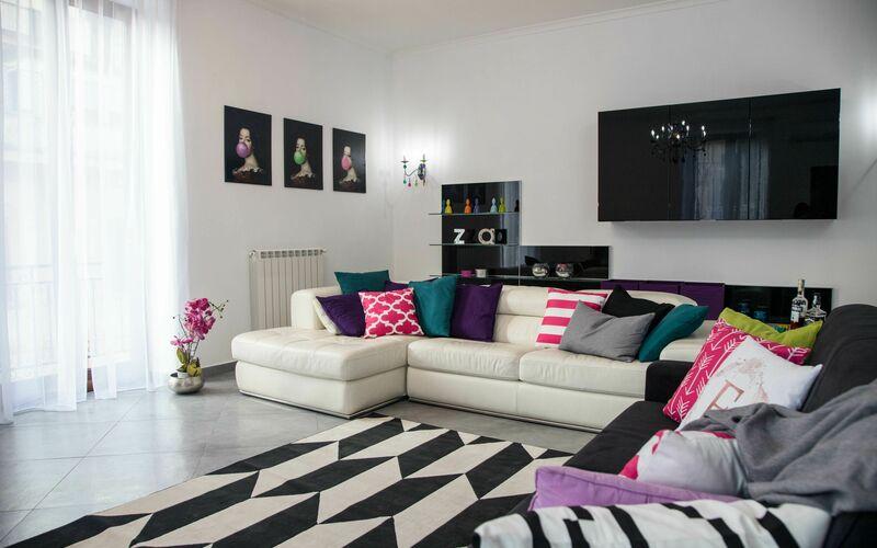 Canvas Apartment